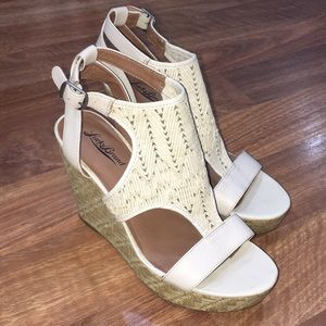 Lucky Brand Cream Color Wedges Size 9